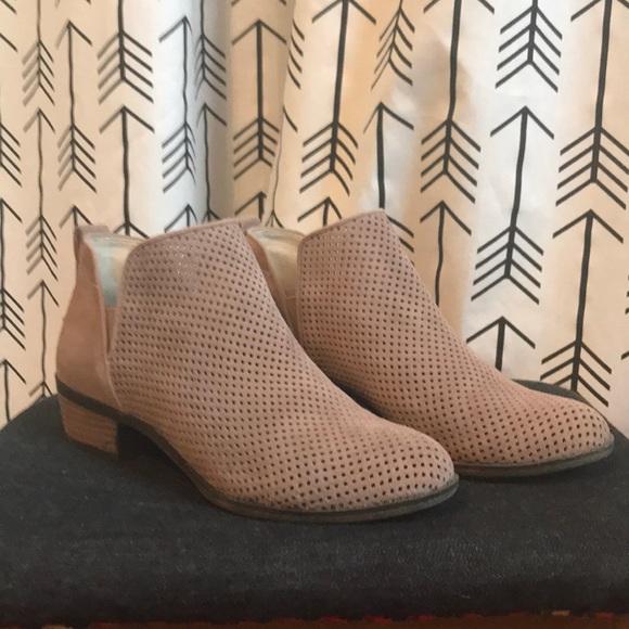 9c3511176228 bp Shoes - BP. Faren Bootie